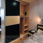 шкаф-перегородка черный с бежвым