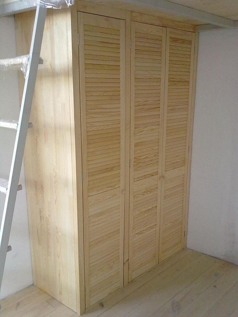 шкаф из натуральной древесины