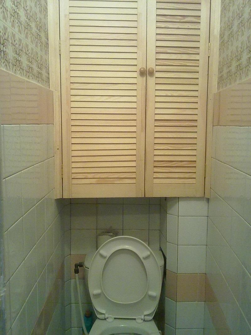 шкаф в туалет из дерева