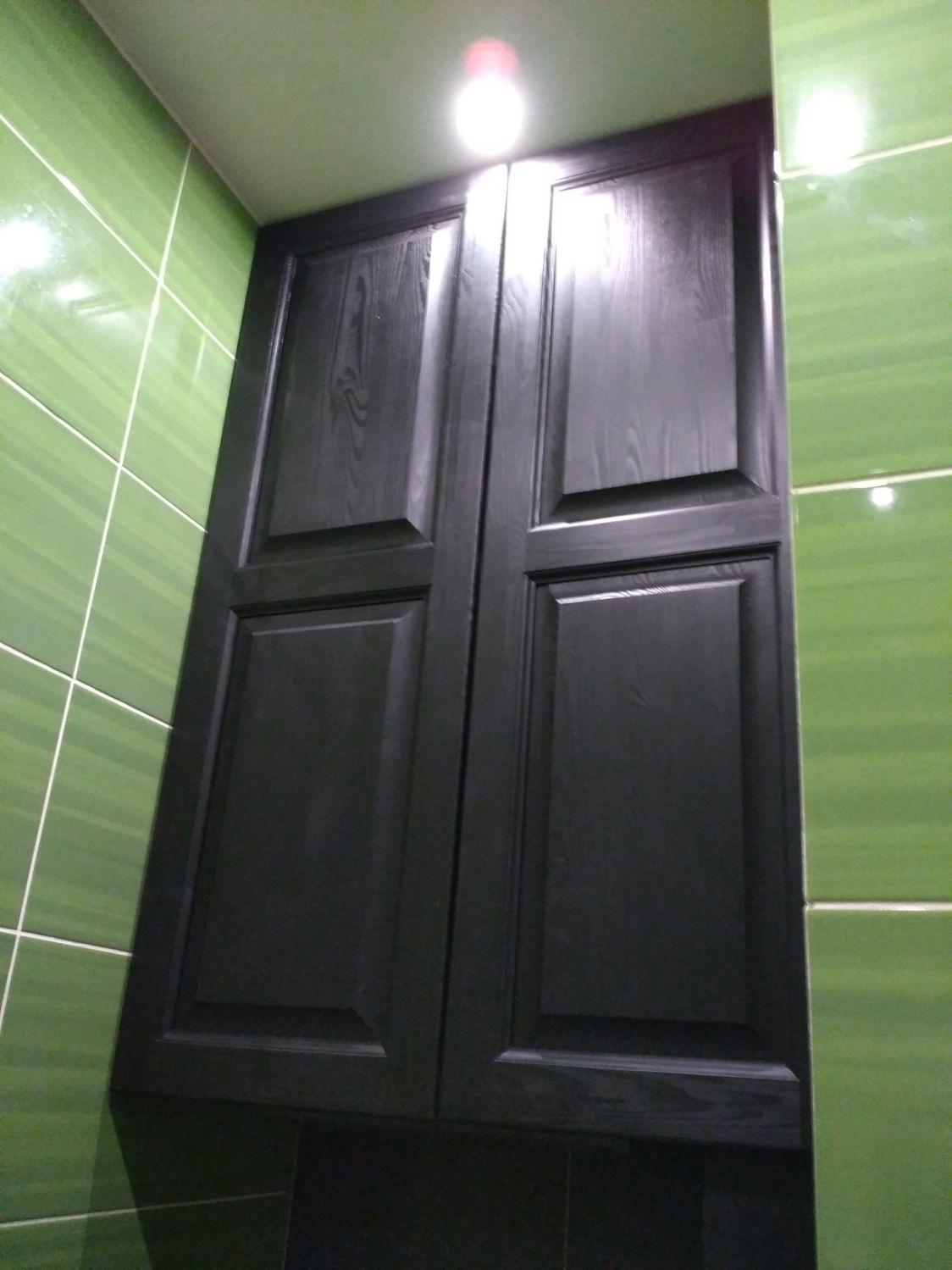 шкаф для туалета темный