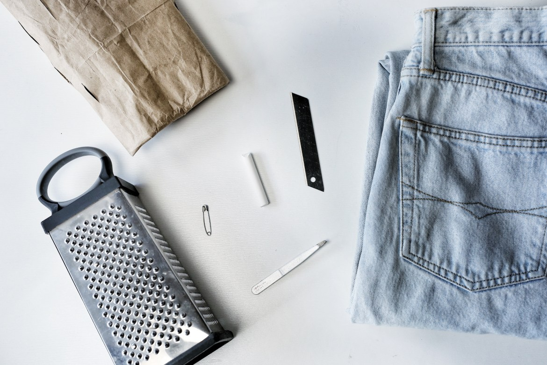 подручные средства для потертостей на джинсах