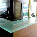 прямоугольная прозрачная столешница для кухни