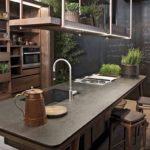 матовая темная столешница для кухни