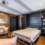 кровать-трансформер в спальне