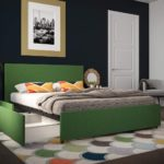 зеленая кровать с выдвижными ящиками
