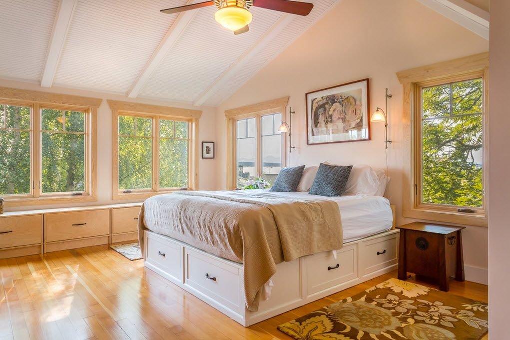 высокие кровати с выдвижными ящиками