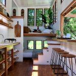 узкая комната кухня