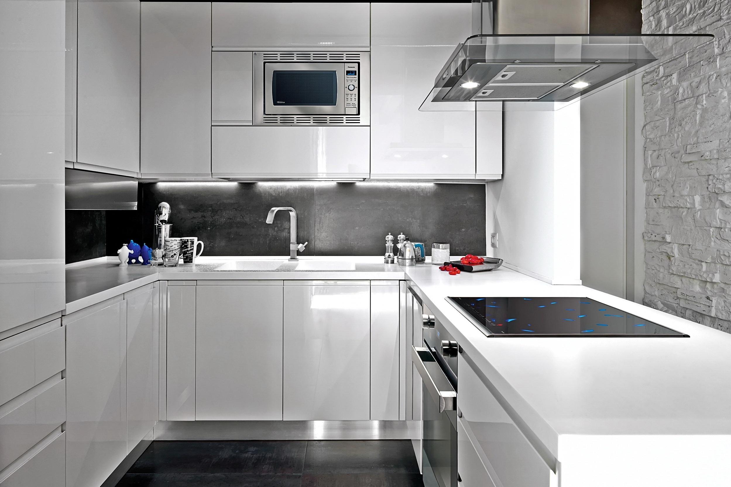 преимущества белого кухонного гарнитура