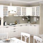 белый кухонный гарнитур со шкафами