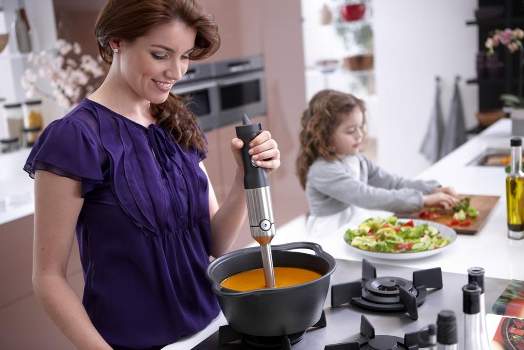 блендер на кухне