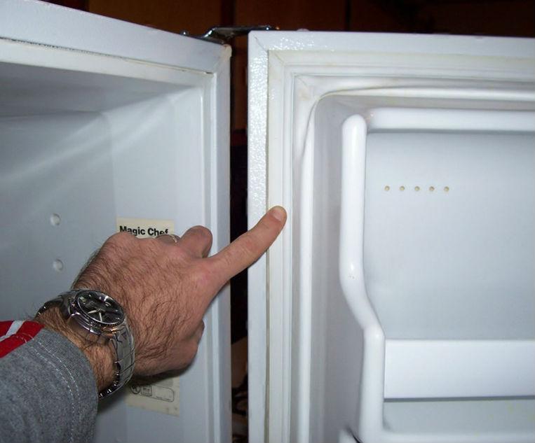 царапины в холодильнике