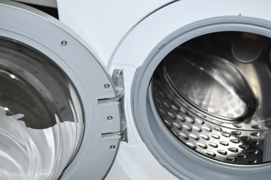 дверца стиральной машинки
