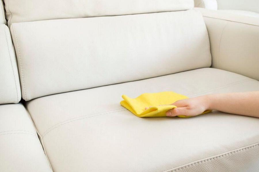 чистка белого кожаного дивана фото