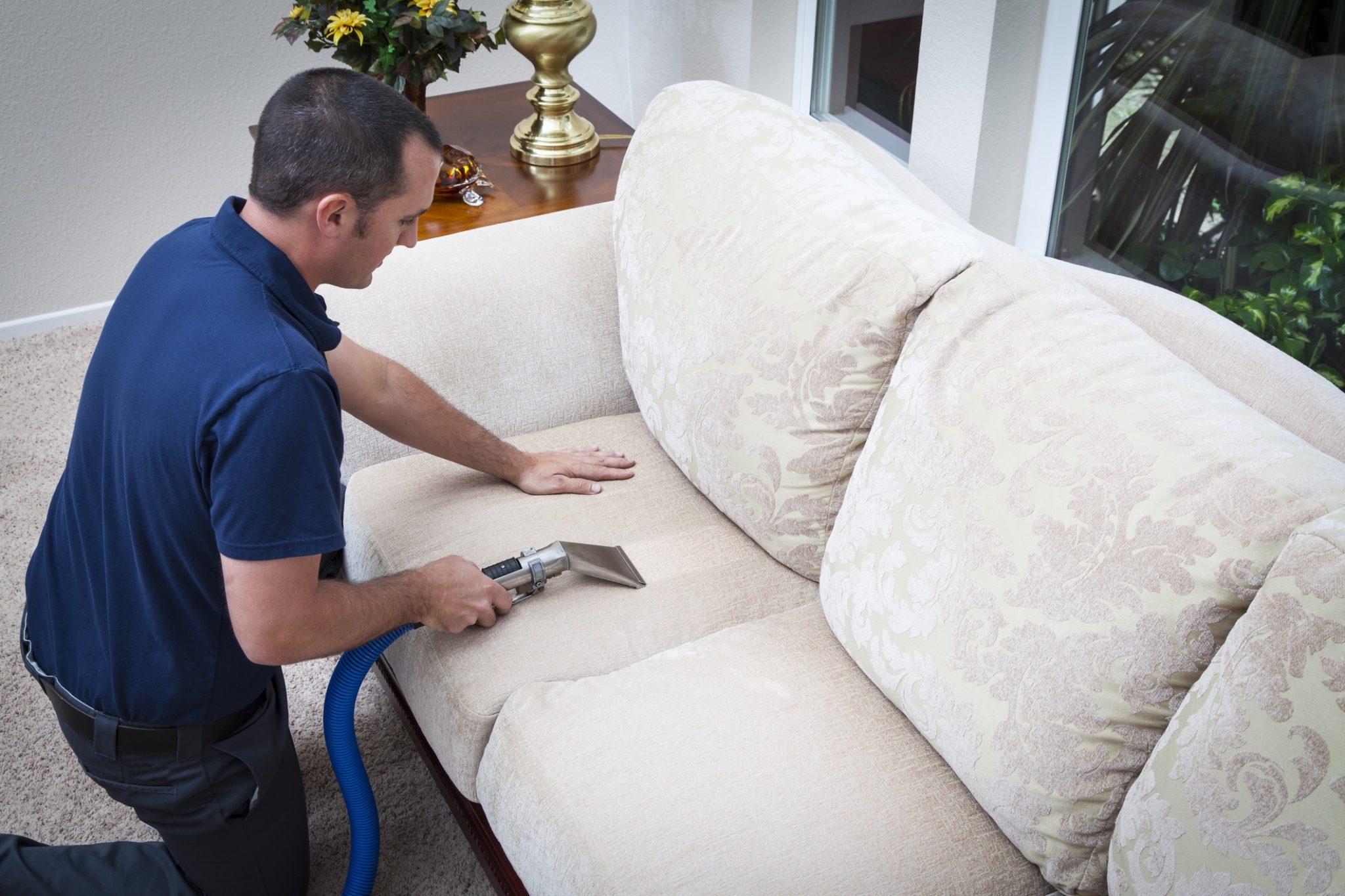 чистка дивана от фломастеров