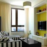 узкая комната желтая