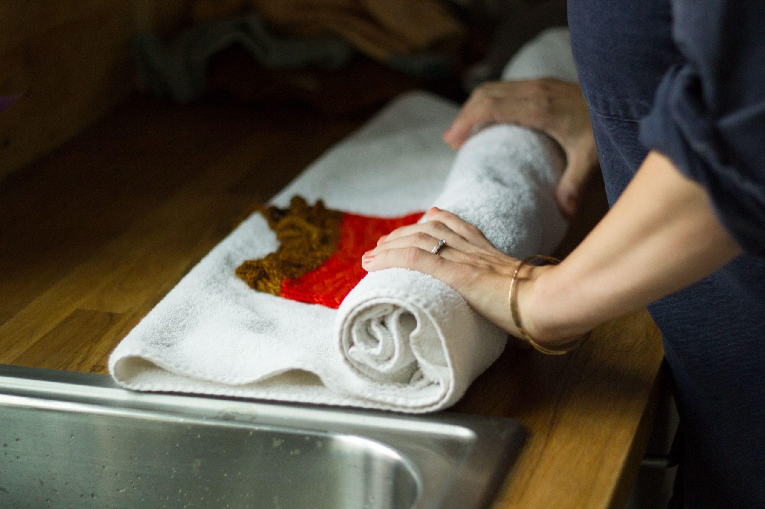 сушка вещей в полотенце