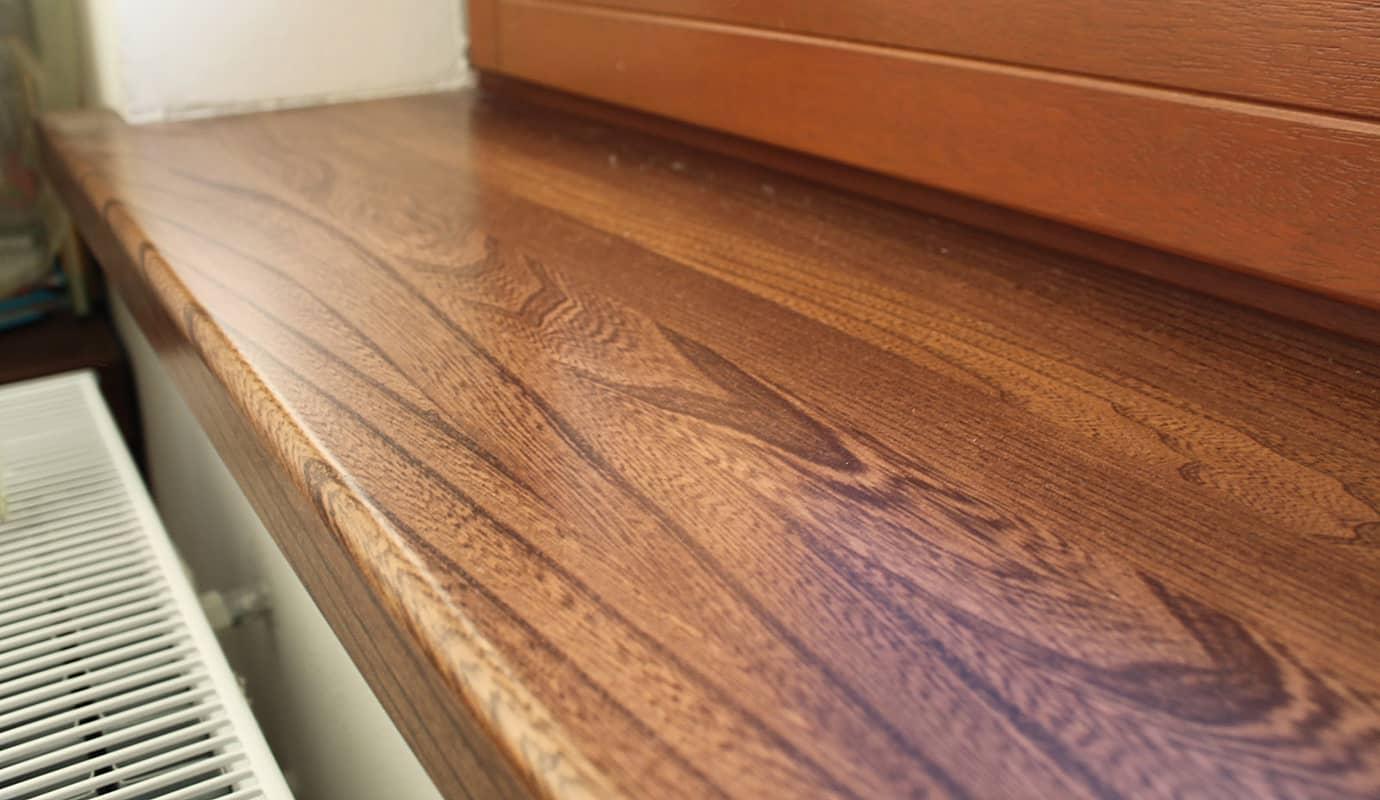 подоконник-столешница из натурального дерева
