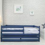 детская кровать с бортиками интерьер фото