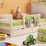 детская кровать с бортиками фото интерьер