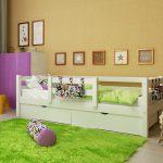 детская кровать с бортиками идеи интерьер