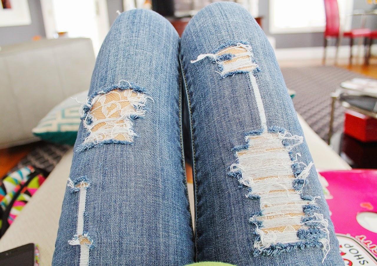 дырки с нитями для джинсов