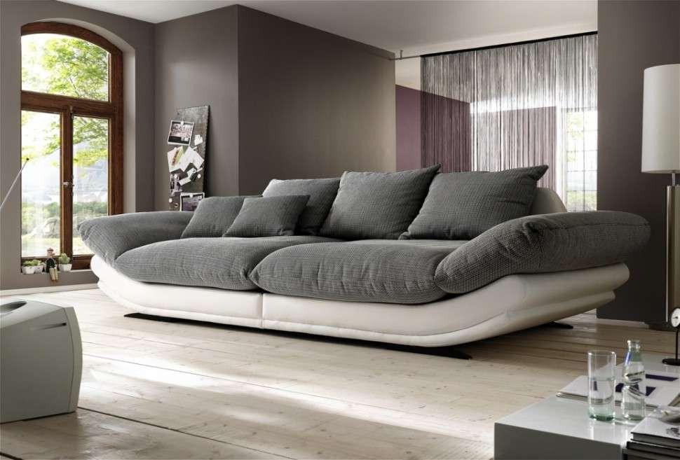 диван из запоминающего поролона