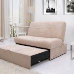 раскладной диван белый