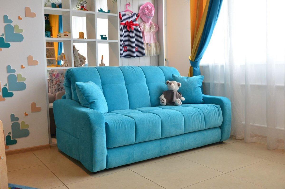диван в детской