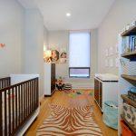 узкая комната для малыша