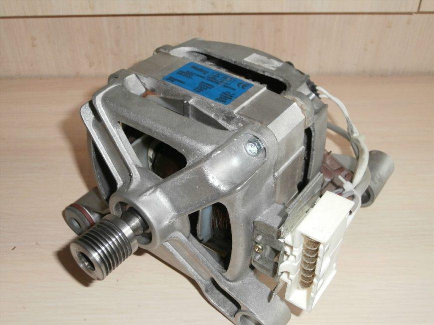 двигатель стиральной машины фото