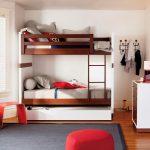 кровать двухъярусная в дом