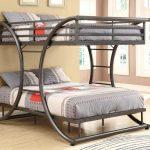 кровать двухъярусная двухспальная