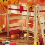 детская двухъярусная кровать с одним местом