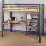 двухъярусная кровать икеа с ноутбуком