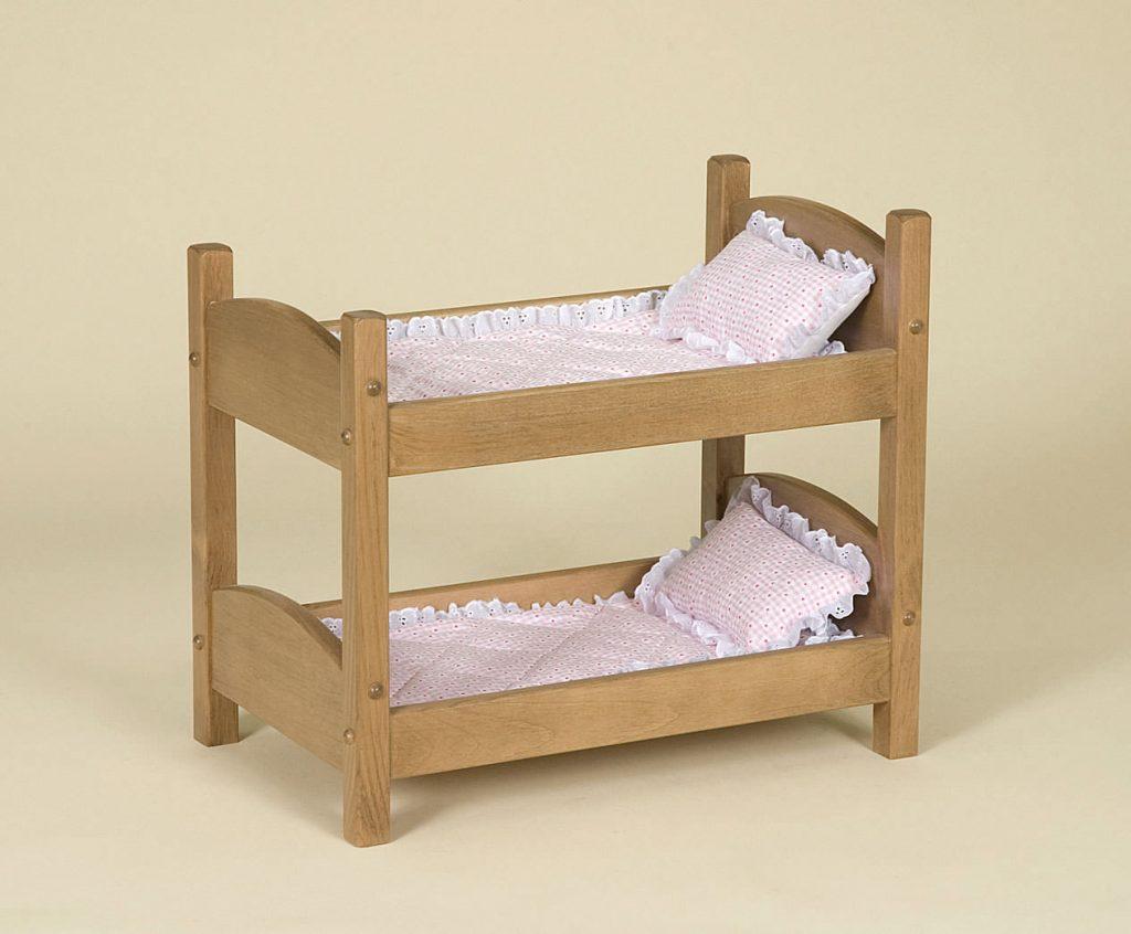 украшение кукольной кроватки