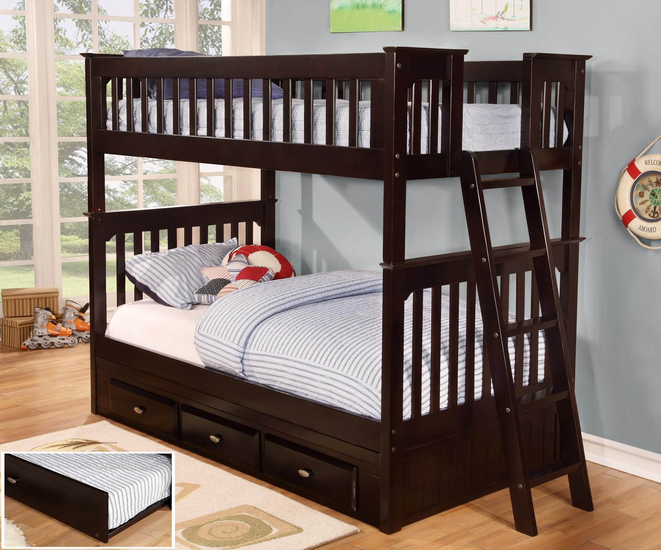 классическая двухъярусная кровать