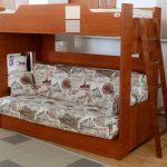 детская двухъярусная кровать коричневая с диваном