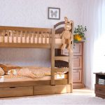 детская двухъярусная кровать с зайцем