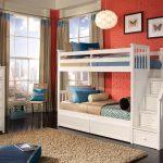 детская двухъярусная кровать белая деревянная