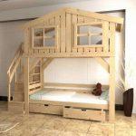 детская двухъярусная кровать деревянный домик