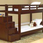 детская двухъярусная кровать темно-коричневая