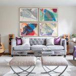 диван фиолетовый в гостиной