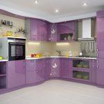 фиолетовый кухонный гарнитур с микроволновкой