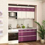 фиолетовый кухонный гарнитур с полосками