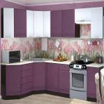 фиолетовый кухонный гарнитур с розовыми цветами