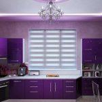 фиолетовый кухонный гарнитур с окном