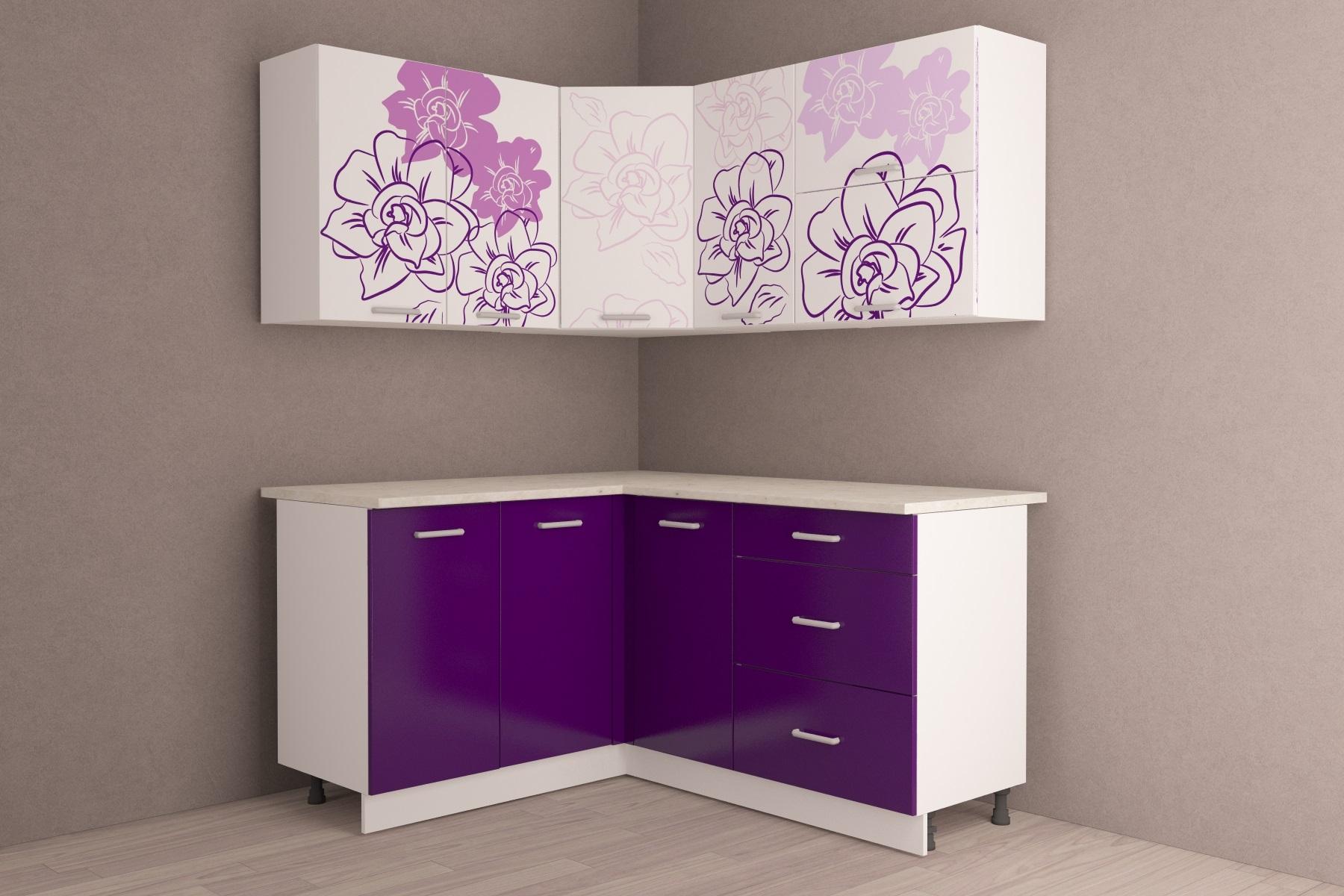 фиолетовый гарнитур в маленькой кухне