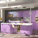 фиолетовый кухонный гарнитур со стулом