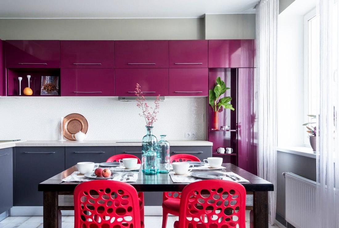 красный с фиолетовым на кухне