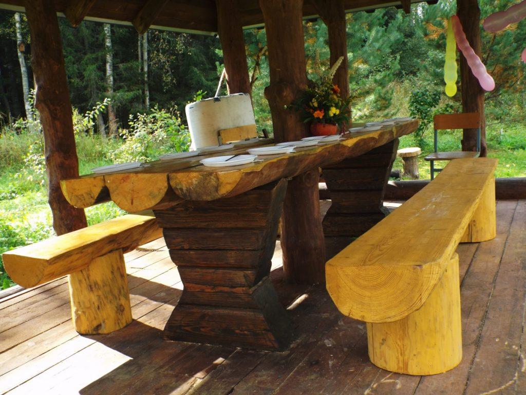 форма стола для беседки